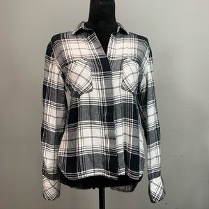 CLOTH & STONE Black and White Plaid Top Size Small